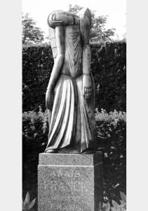 Engel 1927, brons/gips, 126 x 48 x 37 cm Antwerpen, Stadsbegraafplaats Schoonselhof, perk H